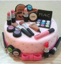 when I make Mary Kay Director I want this cake but with Mary Kay products!!