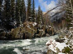 Недолгий снег на Кумире, Алтай