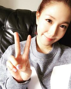 Kpop Snaps! | BoA (boakwon) on instagram - 쌩얼 아니고 , 금발 아니고 , 백수 아니고 ㅋ 오늘은 그런날~ #좋은하루 되세용 ^^