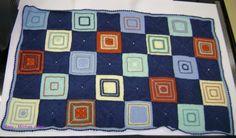 Manta de lã para nenê. Squares de tricô e crochê. Parceria Regina e Mary