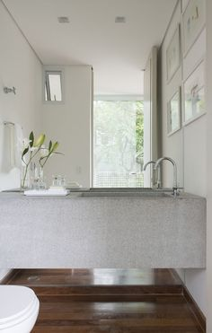 Discover Your Ideal Bathroom Sink Cloakroom Sink, Bathroom Sink Design, Bathroom Sink Faucets, Bathroom Linen Closet, Linen Closets, Ideal Bathrooms, Minimal Bathroom, Glass Sink, Apartment Design