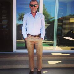 #alessandrosquarzi #showroomalessandrosquarzi Street Fashion, Men's Fashion, Fashion Outfits, Italian Street, Wide Pants, Fashion Company, Spring Style, A3, Mens Suits
