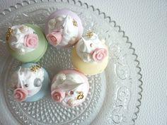 5pcsSugar Pearl Macaroon CakeRoseSwarovskiJump by BlingAndPink, $25.00