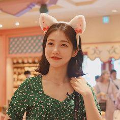 Korean Actresses, Korean Actors, Best Friends Aesthetic, Bookmarks Kids, Beautiful Wife, Wig Hairstyles, Hairdos, Korean Celebrities, Anime Art Girl