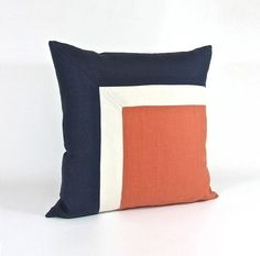 Side Square Modern Colorblock Pillow Cover Navy/ by celineandkate Sewing Pillows, Diy Pillows, Decorative Pillows, Throw Pillows, Cushion Covers, Pillow Covers, Quilted Pillow, Patchwork Pillow, Creation Couture