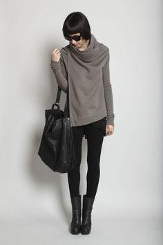 Would die for this sweatshirt!