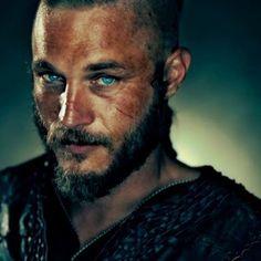 Ragnar Lothbrok Vikings, Lagertha, Roi Ragnar, Ragnar Lothbrook, King Ragnar, Vikings Travis Fimmel, Beau Film, Viking Men, Viking Life