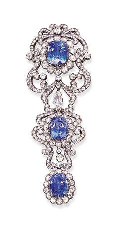A SAPPHIRE AND DIAMOND CLIP BROOCH   Christie's