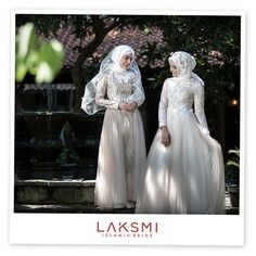 This gorgeous wedding dress from totally in love with all of element in the design that makes this BRIDAL look stuning . Gorgeous Wedding Dress, Kebaya, Bridal Looks, Hijab Fashion, Headpiece, Bride, Wedding Dresses, Islamic, Amanda