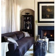 Дерево в интерьере: аксессуары и мебель из пней   Фото Belle Photo, Photos, Couch, Places, Decoration, Furniture, Home Decor, Ikea Couch, Beautiful Models
