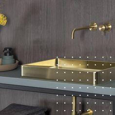 Sink, Bathtub, Bathroom, Home Decor, Style, Bathroom Renovations, Sink Tops, Standing Bath, Washroom