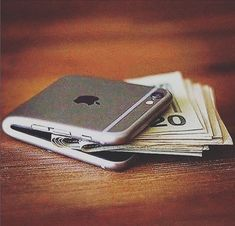 The Apple wallet :) . . . #quote #quotes #motivation #inspiration#luxury #lifestyle #money #entrepreneur#happy #life #business #success#wealth #goals #health #design #fitness#love #mercedes #healthy #perfect#fashion #style #christmas #bmw#beautiful #dubai #fit #cars #enjoy