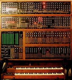 Aries Synth created by the inventor of the ARP 2600 Synthesizer Music, Vintage Synth, Analog Synth, Recording Equipment, Drum Machine, Audio Sound, Pedalboard, Electronic Music, Electronics