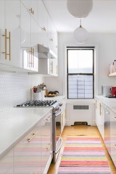 Why a Galley Kitchen Rules in Small Kitchen Design Kitchen Rules, Kitchen Design Small, High Gloss Kitchen, Galley Kitchen, Small Kitchen, Small Space Kitchen, Kitchen Layout, Kitchen Design, Galley Kitchen Layout