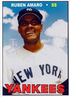 Full roster set of 1966 New York Yankees Damn Yankees, New York Yankees Baseball, Ny Yankees, New York Giants, Giants Dodgers, Equipo Milwaukee Brewers, Kansas City Royals, Sports Photos, Baseball Cards