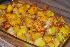 Potato Dinner, Romanian Food, Party Decoration, Food Art, Carne, Potato Salad, Cauliflower, Vegetarian Recipes, Food And Drink