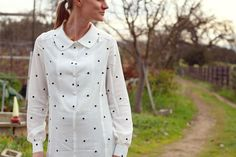 Amy's dotted shirtdress in Mood's Marc Jacob embroidered silk and rhinestone buttons. #moodfabrics
