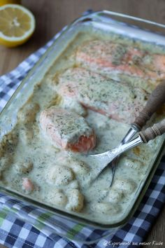 Experimente aus meiner Küche: Lachs-Gnocchi-Gratin mit Dill-Sahne-Soße