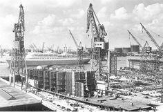 Foto verkleinen [ss Rotterdam bij de RDM 1959.jpg - 452kB]