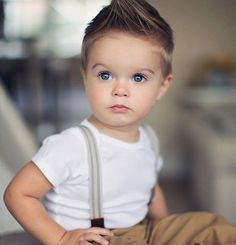 A Mother Dresses Up and Poses Her 4 Year Old Son Like a Male Fashion Model – Cute Adorable Baby Outfits So Cute Baby, Cute Kids, Cute Babies, Little Boy Fashion, Baby Boy Fashion, Fashion Kids, Toddler Boy Haircuts, Little Boy Haircuts, Garçonnet Swag