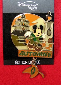 Disney Pin - Mickey in Autumn- Automne- DLRP on Card - Paris - LE 900