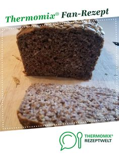 successful gluten-free bread - fail-safe gluten-free bread from sarinamaria. A Thermomix ® recipe from the Bread & Buns category - Quick Healthy Desserts, Healthy Pumpkin, Gluten Free Pumpkin Bread, Cheesecake, Easy Sweets, Pumpkin Dessert, Pumpkin Recipes, Baking Pan, Sunflower Seeds