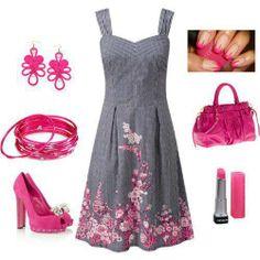 bello il vestito, il resto é un po troppo rosa...