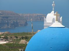 Santorini Pyrgos Santorini Suites, International Airport, Taj Mahal, Old Things, Villa, Island, Building, Beach, Travel