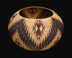 RARE AND IMPORTANT MONO LAKE PAIUTE POLYCHROME BASKET BY CARRIE BETHEL
