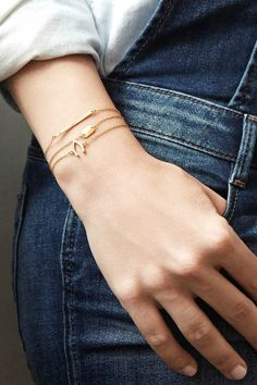 These delicate gold bracelets are so chic, we'd wear them every day!