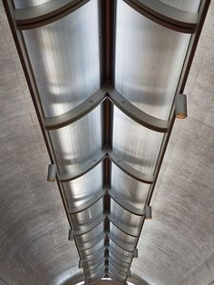 Louis Kahn. Kimbell Art Museum, Fort Worth, Texas.1974. Reflected skylight into barrel vault ceiling.