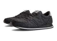 218ca16dcbe9 Shop for women's running sneakers at the official New Balance® Canada  website. Find online a variety of women's sneakers.