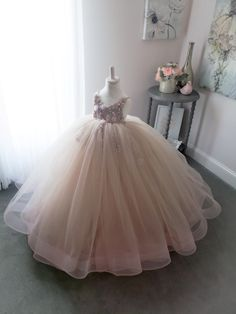 Step into the luxurious world of little girls gowns by Anna Triant Couture and experience the magic of innovative style in every perfect stitch. Little Girl Princess Dresses, Little Girl Gowns, Gowns For Girls, Girls Dresses, Flower Girl Dresses, Kids Clothing Rack, African Dresses For Kids, Kids Gown, Baby Gown