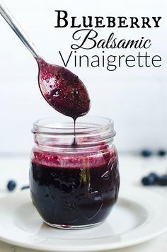 The best dressing for all your summer salads. Blueberry Balsamic Vinaigrette | Salad dressing | Salad recipe | homemade dressing |