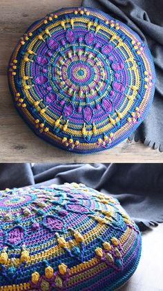 Peacock Tail Mandala pillow - FREE #crochet pattern by www.lillabjorncrochet.com