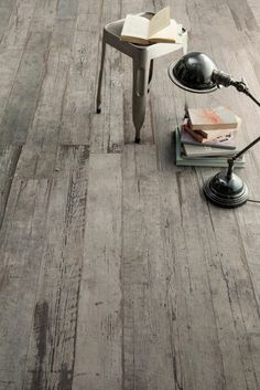 The tiles look wood in 74 photos. Parquet Flooring, Hardwood Floors, Clipart Black And White, Healthy Living Magazine, Home Projects, Tile Floor, Clip Art, Home Decor, Photos