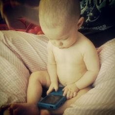 hopeymarie94 Rose playing with a Gameboy Color (: goin oldshool. #cute #gameboy #oldschool #baby #9months