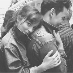 Dakota and her boyfriend Dakota Johnson Tattoos, Dakota Johnson Hair, Dakota Johnson Style, Dakota Mayi Johnson, Dakota Jhonson, Dakota Style, 50 Shades Of Grey, Fifty Shades, Hogwarts Online