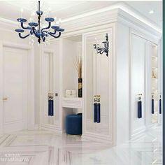 For more luxury home interior design inspirations check our website Hallway Designs, Closet Designs, Luxury Homes Interior, Home Interior Design, Hallway Decorating, Entryway Decor, Living Room Decor, Bedroom Decor, Bedroom Closet Design