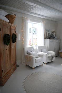 Julia's White Dreams....love the cabinet