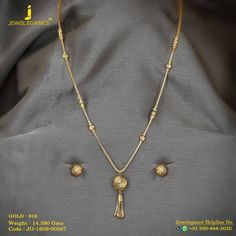 No automatic alt text available. Gold Jhumka Earrings, Jewelry Design Earrings, Gold Jewellery Design, Gold Chain Design, Gold Mangalsutra Designs, Pakistani Jewelry, Gold Jewelry Simple, Anklet, Jewels