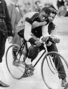 Major Taylor on an Iver Johnson Bycicle Vintage, Bycicle Woman Vintage Cycles, Vintage Bikes, Cycling Art, Cycling Quotes, Women's Cycling, Cycling Jerseys, Old Bikes, Bike Life, Retro