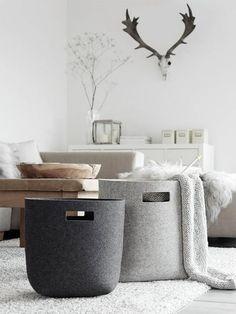 Best Inspiring Scandinavian Design & Decor Interior for Room in Your Home Scandinavian Home, Minimalist Scandinavian, Home And Deco, Minimalist Decor, Minimalist Interior, Storage Baskets, Laundry Baskets, Interior Styling, Home And Living