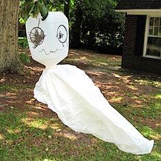 A Milk Jug Ghost for Halloween.  Cute