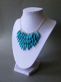 Bleu turquoise / / argile polymère Spike par DesignTheory sur Etsy