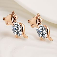 Women Jewelry Fox Small Animal Stud Earrings Crystal Rhinestone Silver Gold Color Charm Earring For Lady Fashion Accessories. Yesterday's price: US $3.02 (2.50 EUR). Today's price: US $1.63 (1.34 EUR). Discount: 46%.