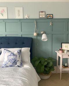 Cosy Bedroom, Small Room Bedroom, Master Bedroom, Bedroom Themes, Bedroom Decor, Modern Centerpieces, Light Blue Walls, New Beds, Blue Bedding
