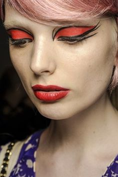 Anna Sui - Pat McGrath. Eye makeup.    Wonder what this would look like with green.