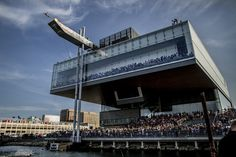 ICA | The Institute of Contemporary Art/Boston | Red Bull Cliff Diving World Series at the ICA. WOW!!