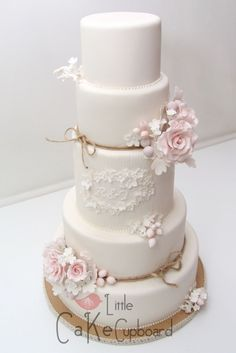 Wedding Cake Trends for 2015-16 from Little Cake Cupboard - Cwtch ...